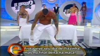 Alexandre Frota se depilando - Programa da Eliana (13/02/2011)