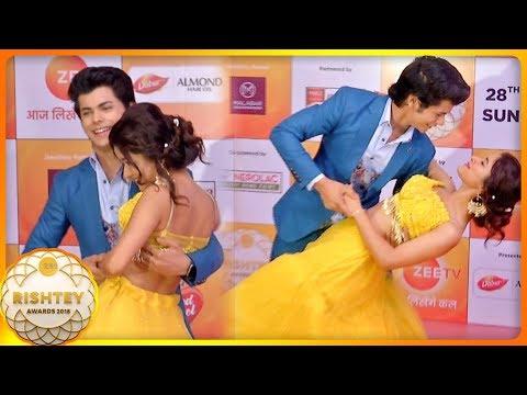 Xxx Mp4 Siddharth Nigam Avneet Kaur ROMANCE At Zee Rishtey Awards 2018 Alladin Naam To Suna Hoga 3gp Sex