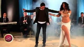 ▶ رقص صوفيا وخالد الطيب عبايات ليالي التت  م عمرو
