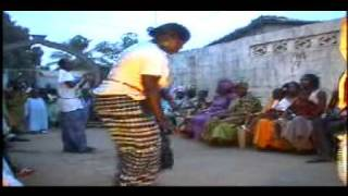 Serere drumming and dancing - Gambia