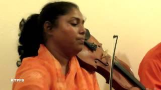 Baby Aktar:  Mala Kar Lagiya Gathi.