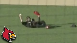 Louisville Outfielder Soars to Make Incredible Catch