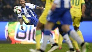 Luka Modric vs Ricardo Quarezma - Outside the foot technique (trivela)