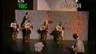 MIRROW DANCE