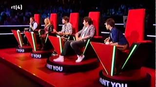 The Voice of Holland Amazing Audition from Charly Luske It's A Man's World 2011