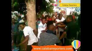 See how a Calabar Girl was pounding a guy after touching her b*tt during the Carnival