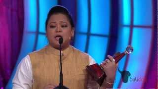 Bharti Singh wins Favorite TV Comedy Actress at People's Choice Awards 2012 [HD]