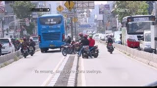 Kepergok Petugas Gunakan Jalur Busway, Puluhan Motor Berhamburan Kabur - 86