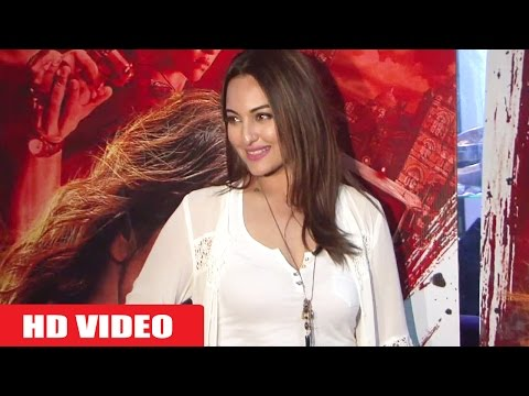 Sonakshi sinha Boobs Show in WHITE At Special Screening Of Film Akira