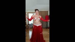 "Cassandra Fox Dances to drum solo ""Tabla x Tabla"""