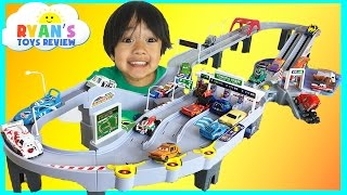 Tomica Toll Gate ETC Drive Disney Cars Toys Hot Wheels Takara Tomy Kids Video Ryan ToysReview