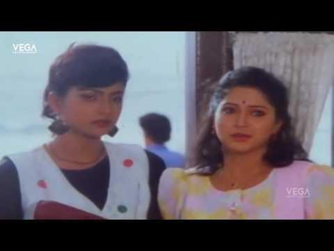 College Roja Tamil Movie   Vinod & Roja Kiss Scene