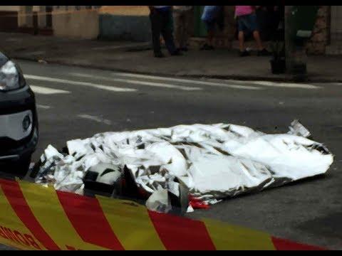 Acidente tragedia Carretas esmaga Motoqueiro na marginal Tietê