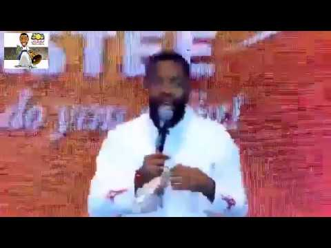 Comedy: Woli Arole on stage at Akopororo vs Akpororo 2017 - Download