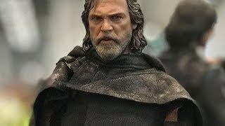 The Last Jedi Hot Toys Show Off Luke's New Costume - IGN Access