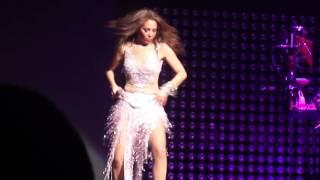 Thalia Latina Love Tour NY - Todavia te quiero