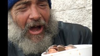 HOMELESS PEOPLE REACT TO MAGIC!