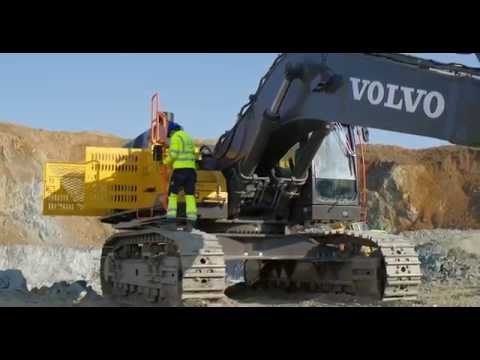 Volvo crawler excavator EC750E - Easy access & availability