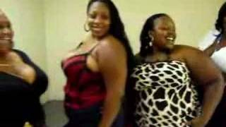 4 SEXY BBWS LADIES ROOM CHRONICLES