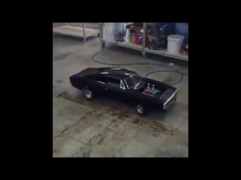 Amazing toys 5 - real V8 powered rc