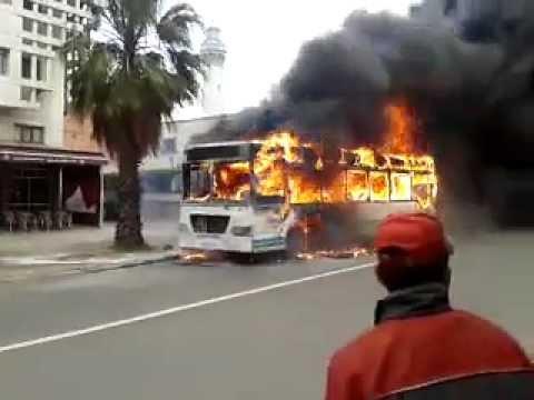 combustion de bus el jadida احتراق حافلة النقل بالجديدة 2013
