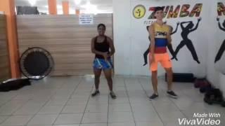 Tumbalatum e testando a cintura, coreografia professora Camila Carmona