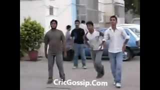 Younis Khan Playing Gali Cricket HD