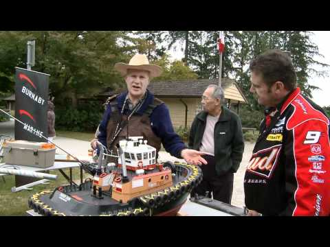 RC TV Gary King shows off his voith schneider propeller driven RC tug.