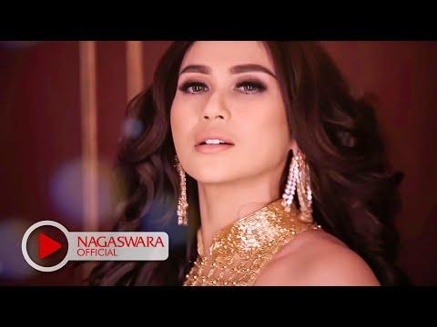Bebizy - Berdiri Bulu Romaku (Official Music Video NAGASWARA) #music