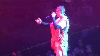 HOLD TIGHT -JUSTIN BIEBER: PURPOSE WORLD TOUR 5.8.16