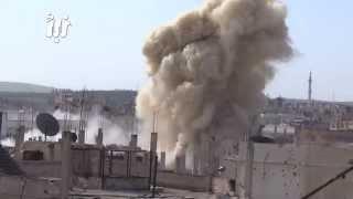 لحظة قصف الطيران المروحي على احياء درعا البلد بالبراميل المتفجرة 2-2-2015