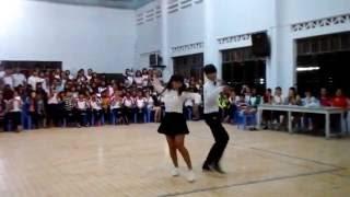 Cặp đôi nhảy cha cha cha giành giải nhất trường DTNT tỉnh Khánh hòa năm học 2016 -2017