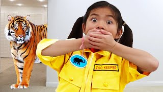Emma and Andrew Learns about Animals and Animal Names for Kids | Fun Educational Pretend Play Video