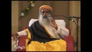 Zen meditation techniques vs Isha meditation techniques - a beginners question answered by Sadhguru