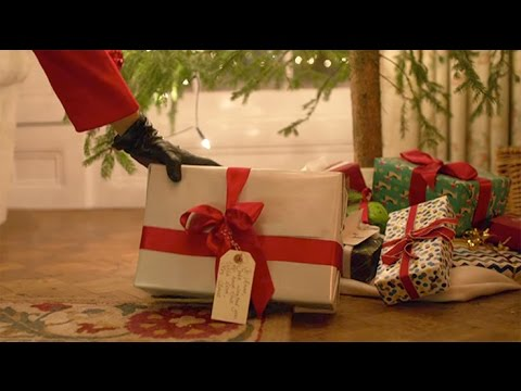 M&S 2016 Christmas Ad: Christmas with love from Mrs Claus