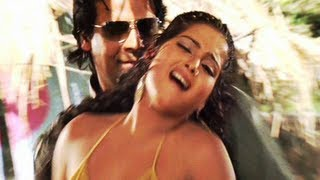 Choli Se Chuata Pasina | Hot Bhojpuri Song
