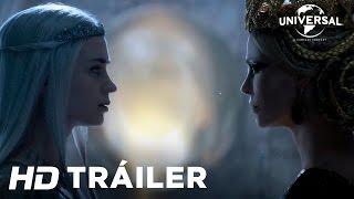 Las Crónicas de Blancanieves - El Cazador y la Reina del Hielo – Tráiler 2 ( Universal Pictures)