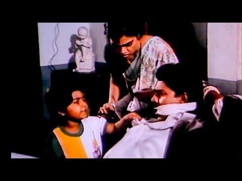 Xxx Mp4 Avasara Police 100 Comedy Scenes Full Comedy Bhagyaraj Silk Smitha Tamil Super Comedy 3gp Sex