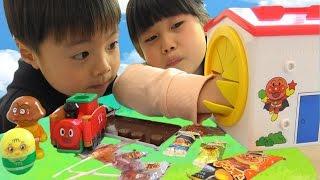 アンパンマン おもちゃ てさぐりボックス お菓子 どっさり!! Anpanman Snack in the Groping Box Toy