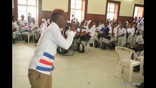Harmorapa Awaacha Hoi Wanafunzi wa Sekondari ya Tambaza