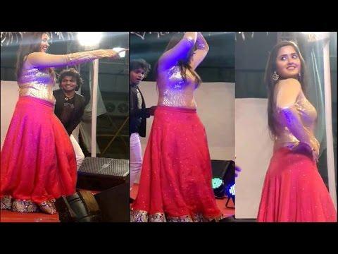 Xxx Mp4 Kajal Raghwani Dance Show Best Bhojpuri Heroin 3gp Sex