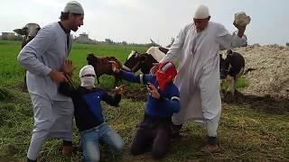 انظر ماذ فعل  الحاج مسعود في الحراميه/لا انصحك بدخول ...موت من الضحك جديد