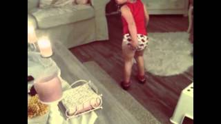 Shake it baby 😂 In underwear