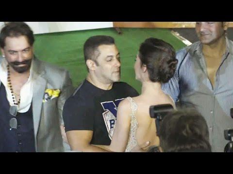 Xxx Mp4 Salman Khan FLIRTS With Amy Jackson At Freaky Ali Trailer Launch 3gp Sex