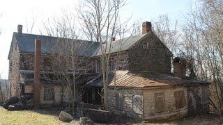 Exploring a terrifying abandoned quarry house.