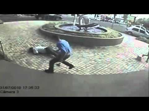 bandido asesina a policia