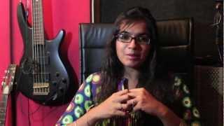GANPATI SONGS - MEENAL JAIN SINGH (GANESH AARTI) ON GANARAJ ADHIRAJ 2012