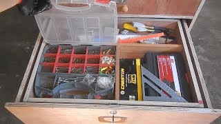 MOVABLE TOOL STORAGE TABLE / Jack Ofall