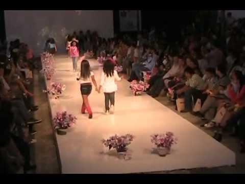 Pasarela TOMATICOS Ibagué Maquila y Moda 2011 Parte 1