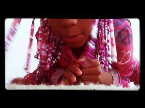 Little girl doing flexible stuff